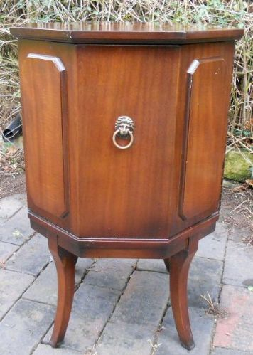 Mahogany Wine Cooler Drinks Cabinet